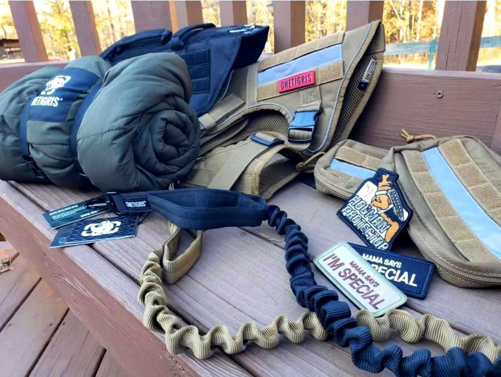 CHRISTMAS GIFTS FOR ACTIVE DOGS & K9 HANDLERS